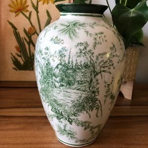 Large Emerald Green Toile Rooster Vase